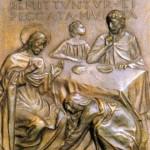 Kwaterę dziewiątą wypełnia opowieść o Nawróconej grzesznicy z Ewangelii św. Łukasza. Artysta pokazuje grupkę osób przy stole. Stołu nie zastawił obfitością dań, choć to kolacja u Szymona, bogatego faryzeusza. Consorti pozostawił stół niemal pusty: kawałek chleba, miska i nóż. Nie chciał rozpraszać naszej uwagi. Tu przecież nie chodzi o jedzenie; treścią tej sceny jest miłość i miłosierdzie.   Oto niezaproszona jawnogrzesznica wtargnęła do domu faryzeusz i przypadła do nóg Jezusa. Rozpoznała w Nim proroka o wielkim sercu. Poruszona do głębi nowym uczuciem i bliskością Jezusa płacze tak bardzo, że łzami myje stopy Rabbiego. Wyciera je włosami, całuje i naciera wonnym olejkiem z alabastrowego flakonika. A Jezus się nie wzbrania, choć dobrze wie, kim jest ta kobieta. W tle sceny, pod półką z garnkami, artysta umieścił napis uzasadniający zachowanie Jezusa: Remittuntur ei peccata multa - Odpuszczone są jej liczne grzechy, ponieważ bardzo umiłowała (Łk 7, 47).