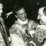 Od lewej: ks. prałat Henryk Jankowski, ks. Jerzy Popiełuszko, Lech Wałęsa